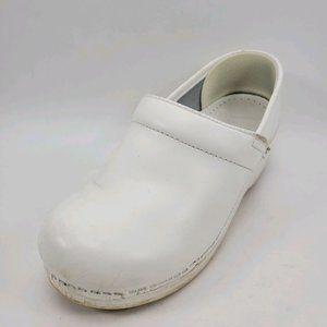 Dansko | White Nursing Slip On Clogs Shoes 37